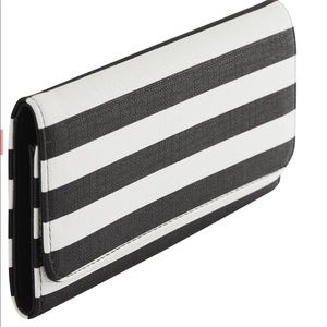 BRAND NEW! KUT FROM THE KLOTH wallet